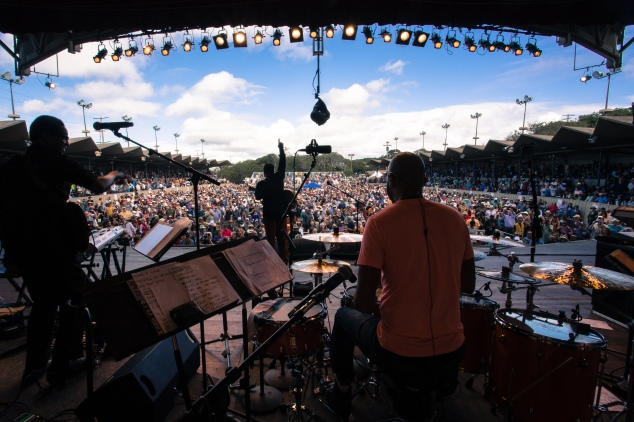 george_benson_2013MJF_0921_220(c)Monterey Jazz Festival_Cole Thompson