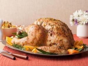 BT0809H_roasted-thanksgiving-turkey_s4x3.jpg.rend.sni18col